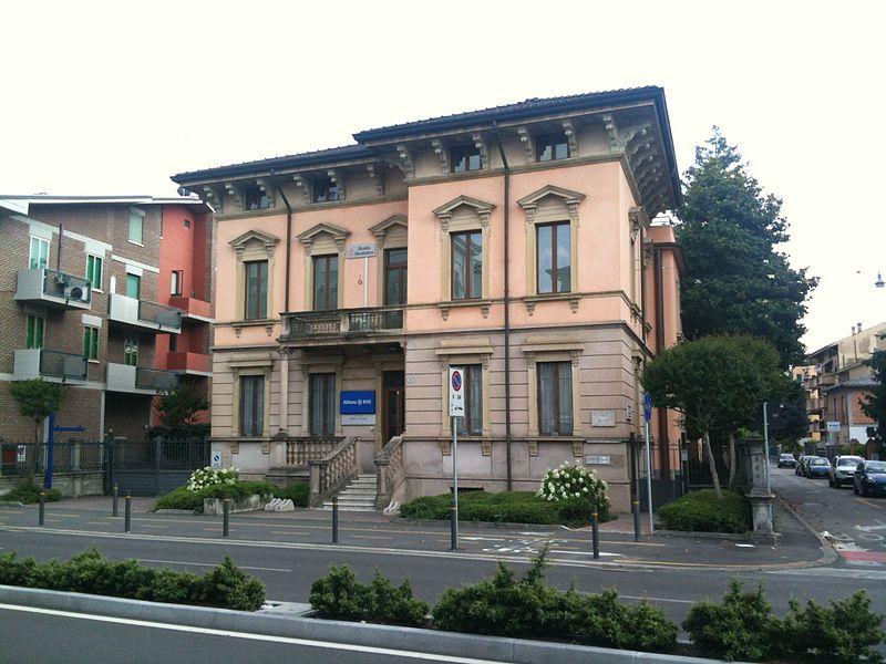 File:Casa Padovani.jpg