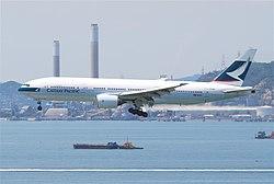 Boeing 777 de la compagnie à Hong-Kong, siège social de Cathay Pacific.