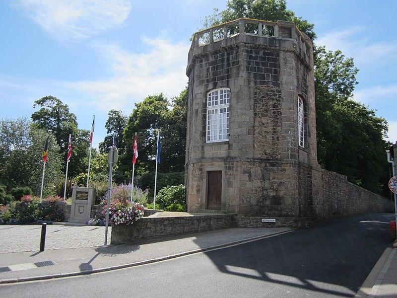 Château de fr:Flamanville (Manche)