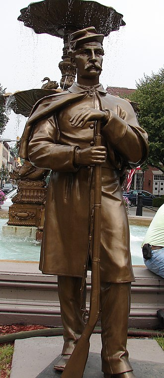Chambersburg, Pennsylvania - Statue of a Union soldier on the main square.