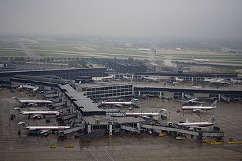concourse H at O'Hare International Airport, C...