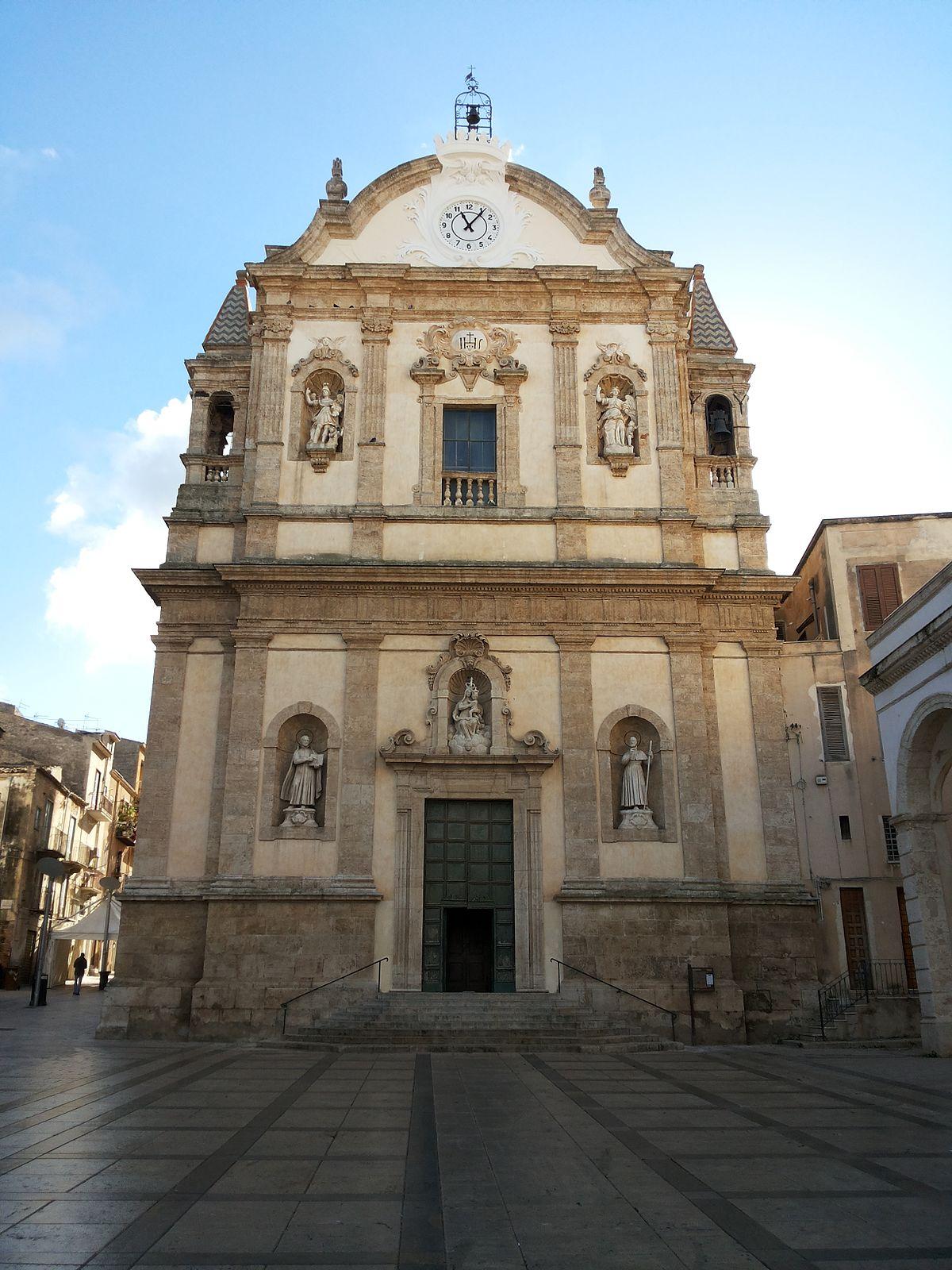 Alcamo – Travel guid...