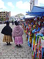 Cholas en Copacabana, Bolivia.JPG