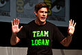Chris Lowell (Comic-Con 2013).jpg