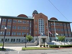 Das Gerichtsgebäude von Clinton County, Juli 2014