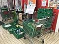 Collecte alimentaire de la banque alimentaire dans un supermarché Carrefour Market à Villeurbanne - 1.JPG