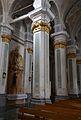 Columnes del santuari de la Virgen de la Vega.JPG