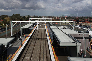Coolaroo railway station, Melbourne.jpg