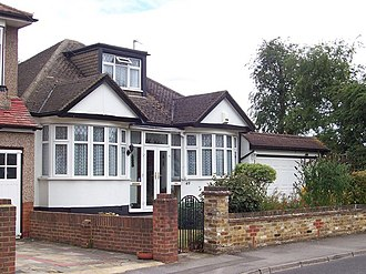 Lona Cohen - Cohen house in Ruislip, found full of transmitting equipment