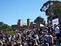 Crowd at the 2018 Remembrance Day ceremony at the AWM.jpg