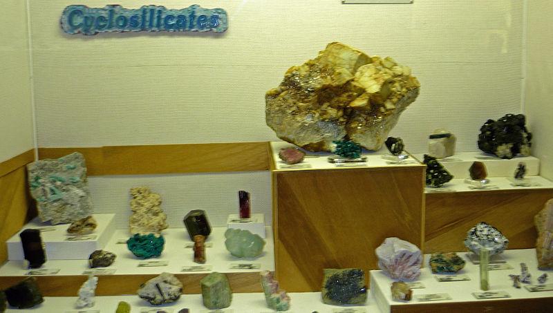 Cyclosilicate exhibit, Museum of Geology, South Dakota.jpg
