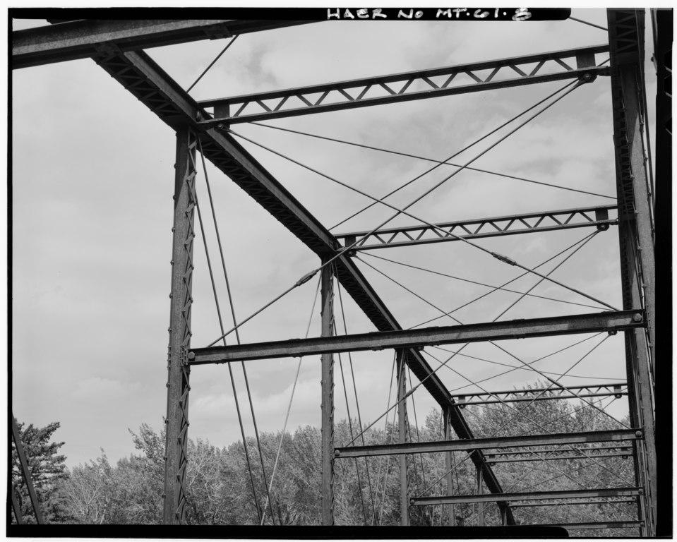 File:DETAIL OF SWAY BRACING, FACING NORTHWEST - Pine Creek ...