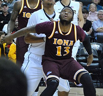 David Laury - Laury playing for Iona
