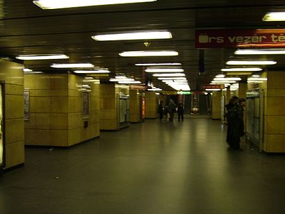 How to get to Deák Ferenc Tér M with public transit - About the place