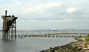 Newark Bay - The shoreline at Bayonne
