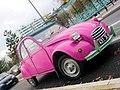 Deux-chevaux-rose-pink-2CV-citroen.JPG