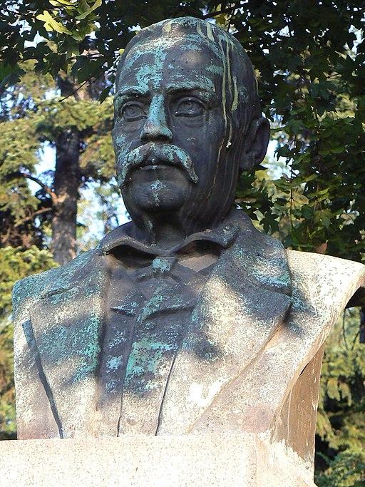 Dobri-Jelyazkov-monument