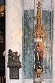Dom zu Köln, Kuyn-Epitaph und Marienfigur aus einer Utrechter Werkstatt.jpg
