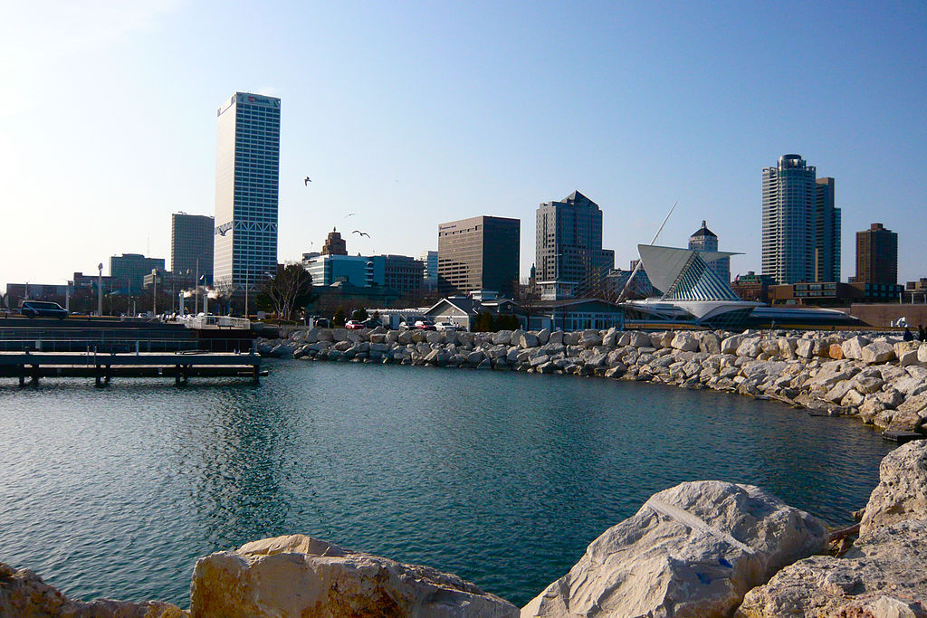 Downtown Milwaukee from Pier Wisconsin