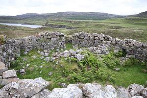 Dun Fiadhairt - Interior of Dun Fiadhairt