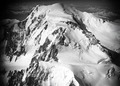 ETH-BIB-Mont Blanc du Tacul, Mont Maudit, Mont Blanc v. S. aus 4500 m-Inlandflüge-LBS MH01-006478.tif