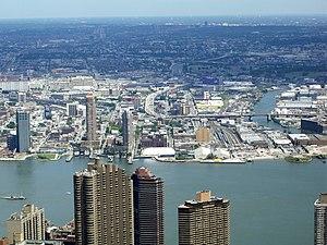 Queens West - East River Queens West waterfront in 2006