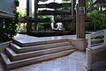 Edifici Espai Verd, escales de l'entrada.JPG