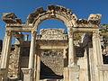 Efeso, tempio di adriano 06.JPG