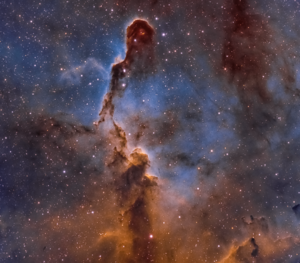 Elephant Trunk in classic Hubble Palette (Ha/OIII/SII) by amateur astronomer Chuck Ayoub