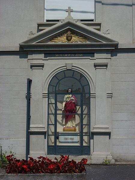 Estreux (Nord, Fr) oratoire Sacré-Coeur, mémorial 1914-18