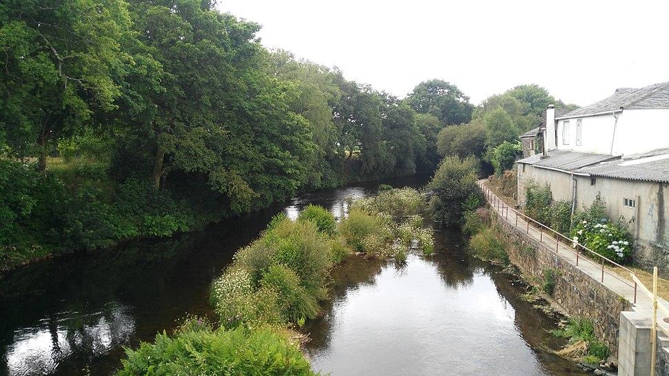 Río Eume dende a Ponte Vella.