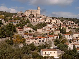 Eus 4 км Plus Beaux Villages de France