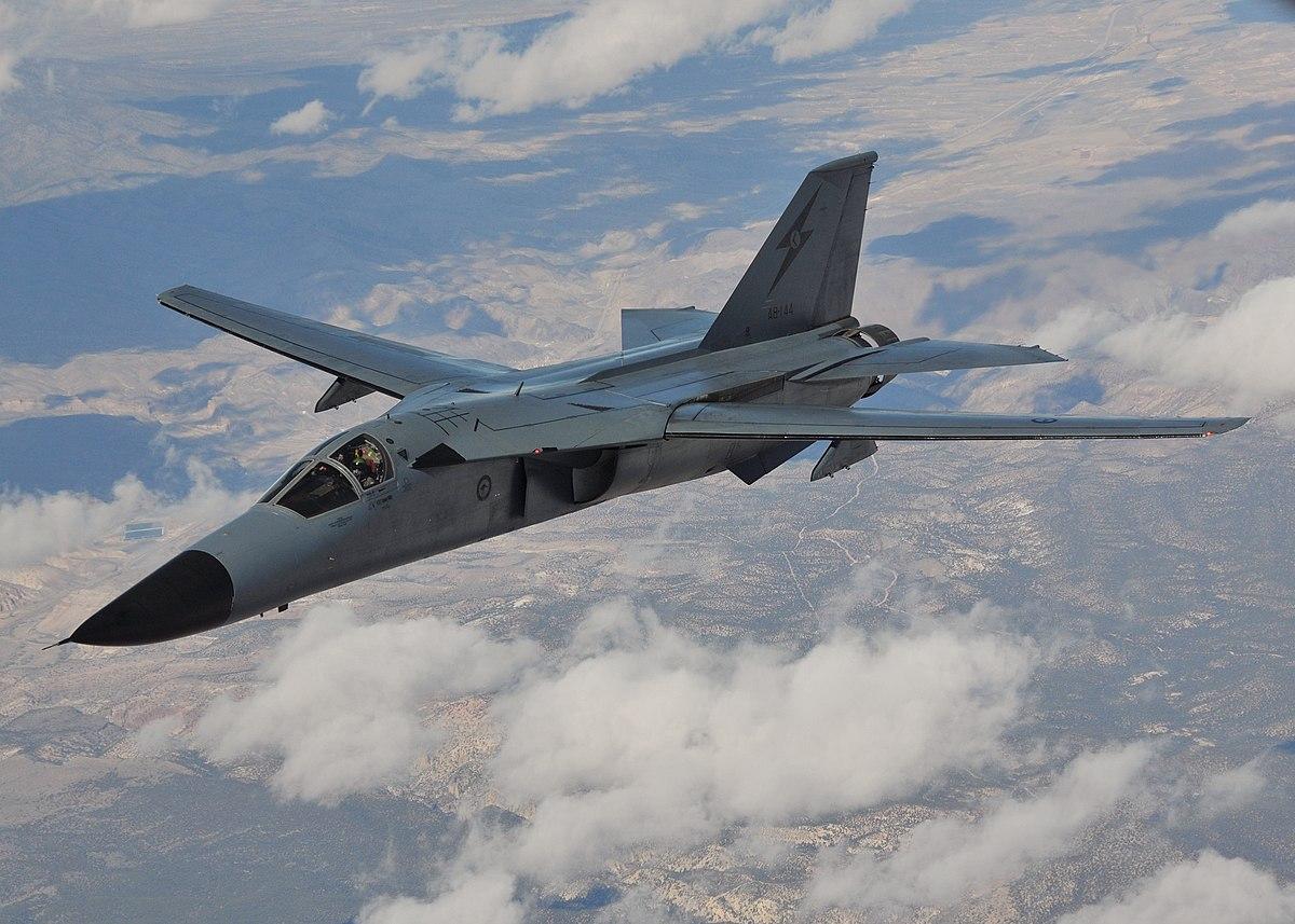 F-111 Aardvark - Wikipedia