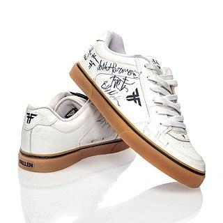 Skate shoe Type of footwear designed for use in skateboarding