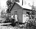 Family outside a house, probably near Aberdeen, ca 1920 (KINSEY 1907).jpeg
