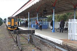 Felixstowe - Greater Anglia 153335 arriving.jpg