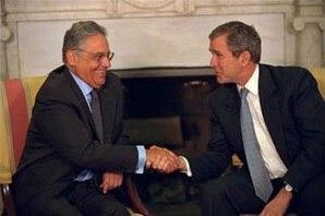 Fernando Henrique Cardoso com George W. Bush em novembro de 2001