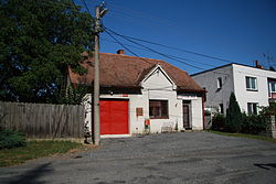 Fire station in Nimpšov, Třebíč District.JPG