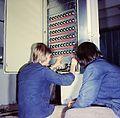 Fotothek df n-22 0000342 Elektromonteur, Brauerei.jpg
