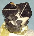 Franklinite-Calcite-119627.jpg