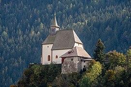 Friesach Petersberg 209 Filialkirche hl. Peter NNW-Ansicht 09102020 8292.jpg
