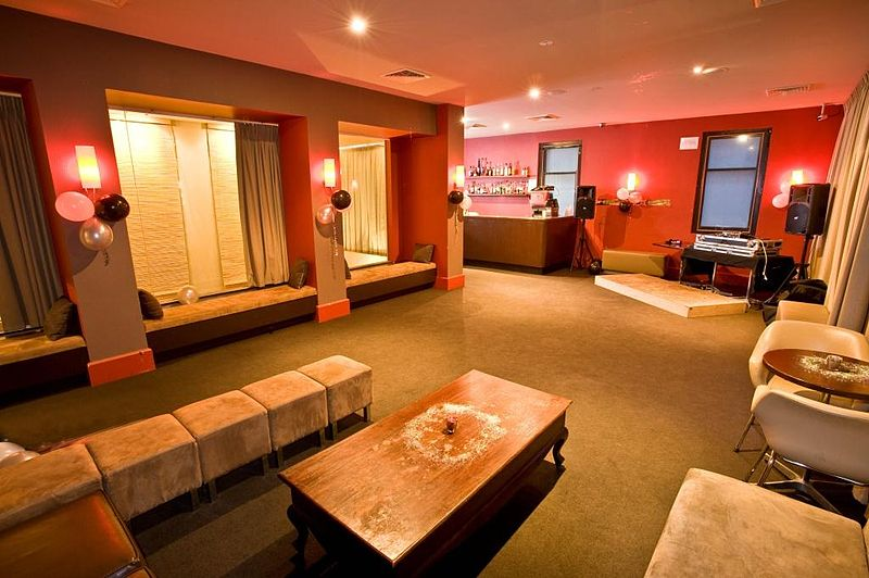 Room At Melbourne Cbd