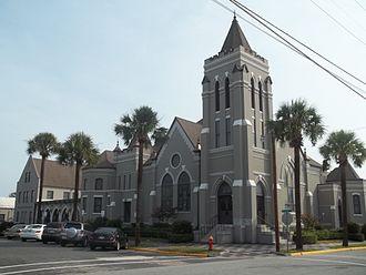 Brunswick Old Town Historic District - Image: GA Brunswick Old Town HD 1st Methodist Episc 01