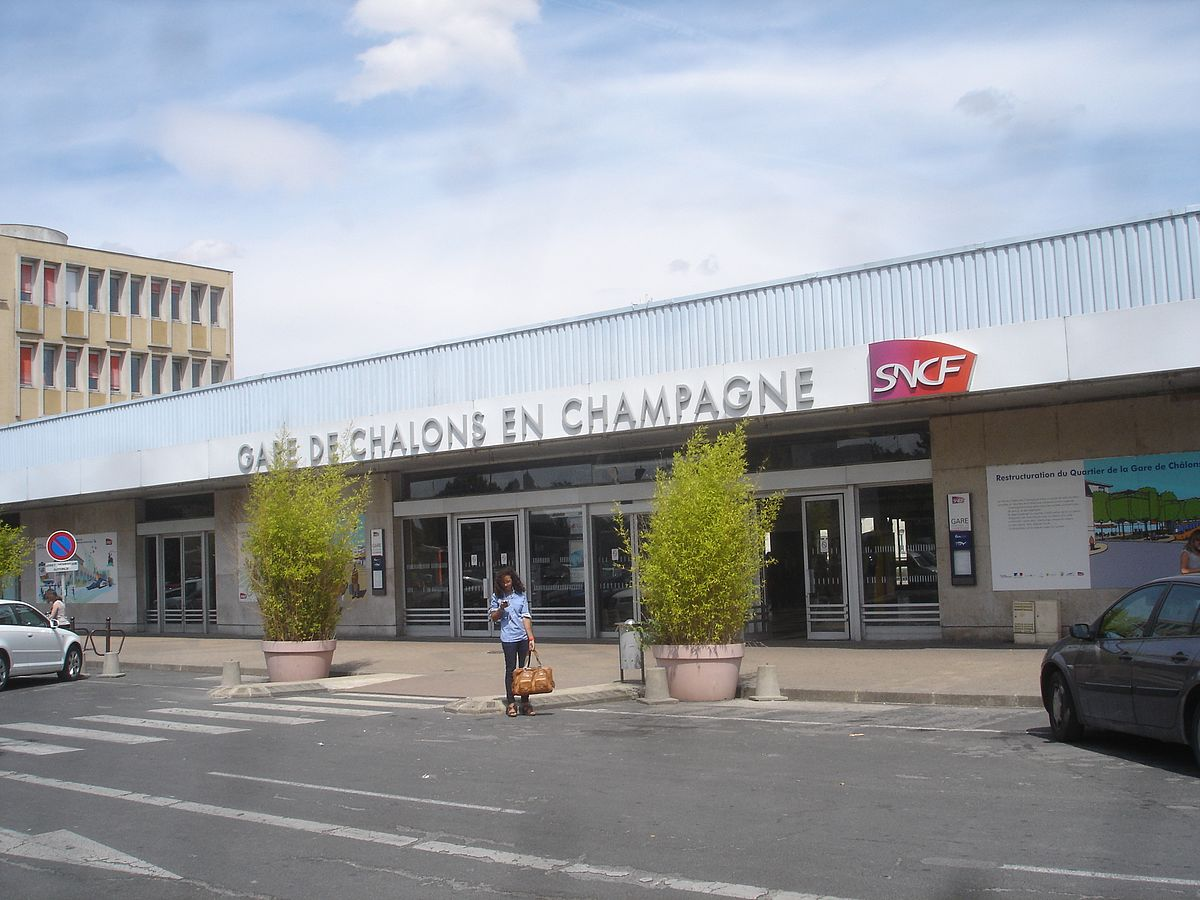 Stazione di ch lons en champagne wikipedia for Garage a chalons en champagne