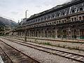 Gare internationale de Canfranc Quai côté français.jpg