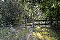 Gate on the Chiltern Way (geograph 4732946).jpg
