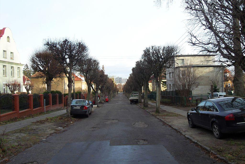 1024px-Gda%C5%84sk_ulica_Kasprowicza.jpg