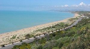 Gela - Gela promenade coastline