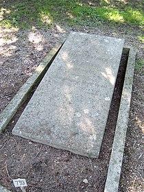 Geneva Grave Gustave and Fanny Moynier.jpg