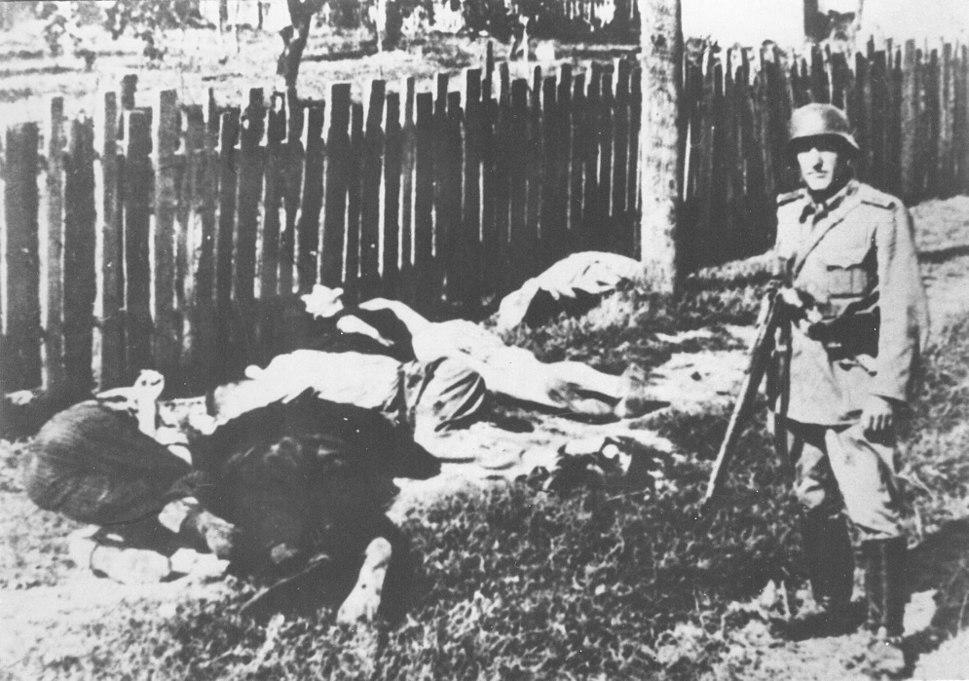 German massacre in Skela 01